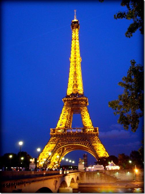 Paris 153