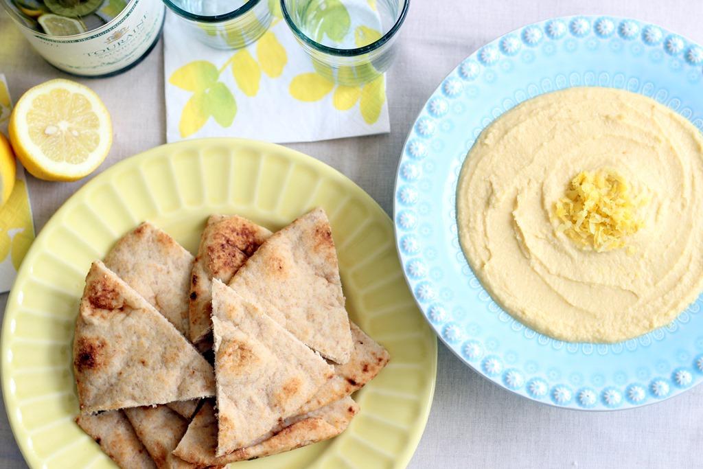 Lemon Garlic Hummus - Making Thyme for Health