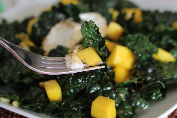 Black Kale & Mango Salad (151)