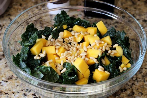 Black Kale & Mango Salad (17)