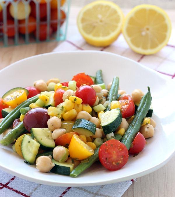 Easy Summer Veggie Salad (102)