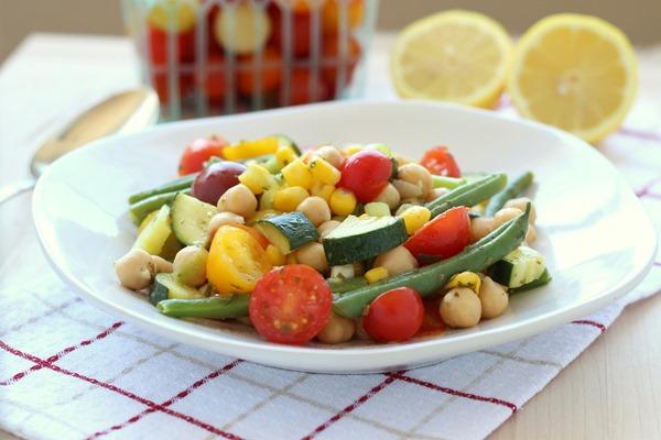Easy Summer Veggie Salad (124)