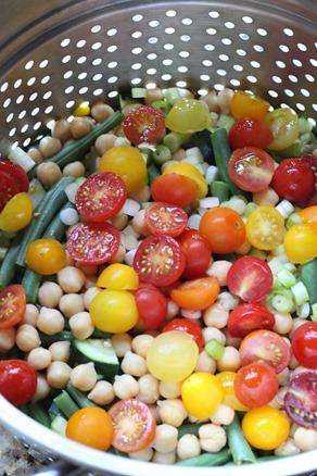 Easy Summer Veggie Salad (23)