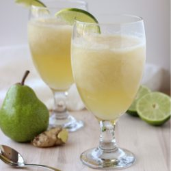 Ginger-Pear-Spritzers-01_thumb.jpg