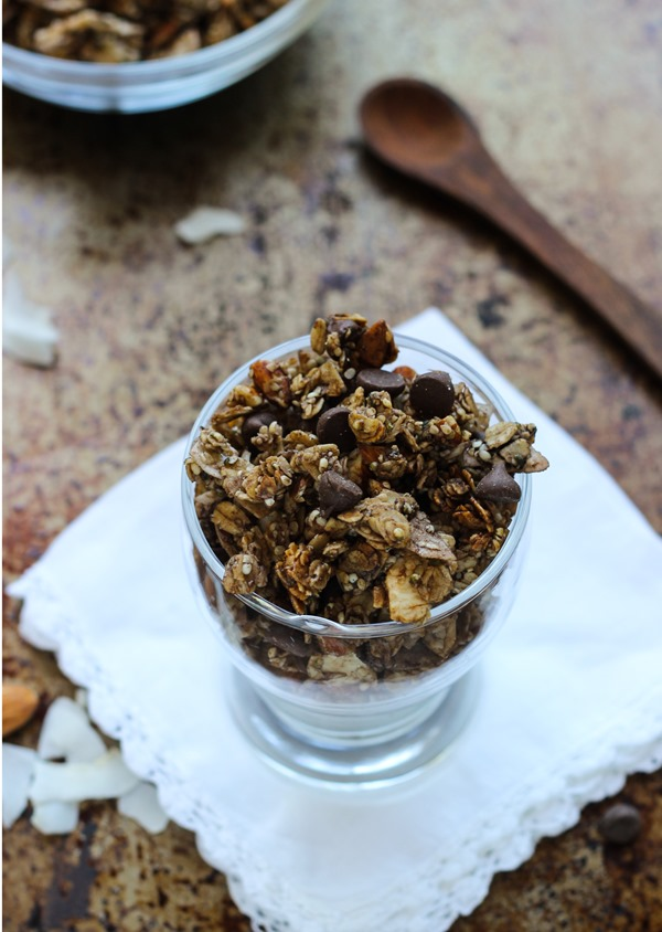 Dark Chocolate, Almond & Coconut Hemp Seed Granola