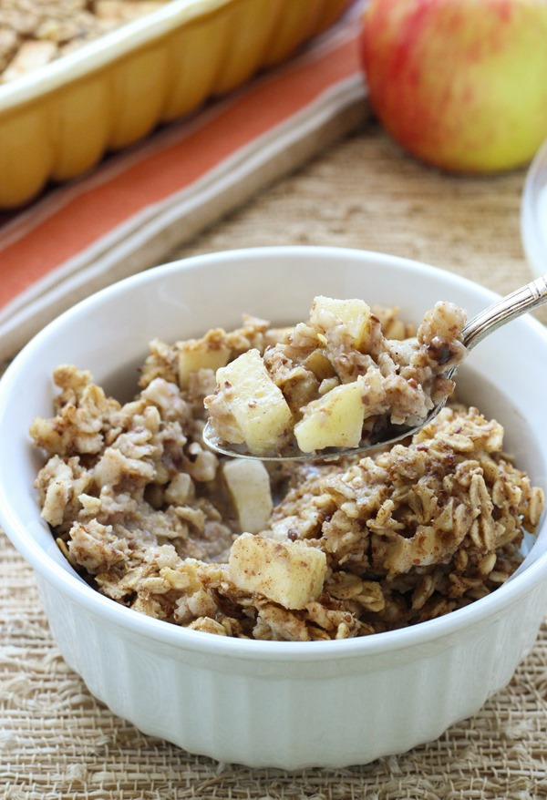Vegan Baked Apple Cinnamon Oatmeal – Making Thyme for Health