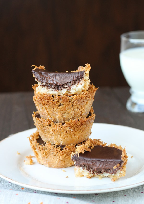 Vegan Dark Chocolate Coconut Pies