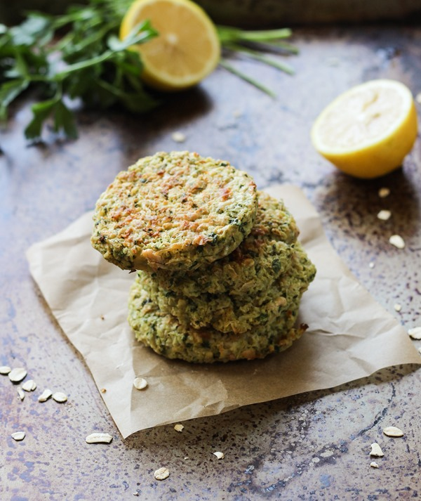 Baked Cauliflower & Spinach Fritters {gluten-free & dairy-free}