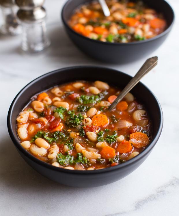 Easy Tuscan White Bean, Kale & Tomato Soup (vegan + gluten-free)