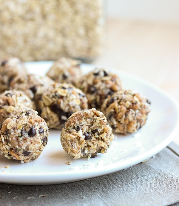 Almond Joy Energy Balls {vegan, gluten-free and refined sugar-free}