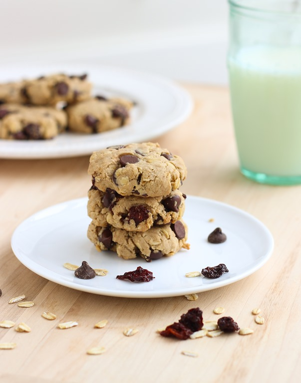 Dark Chocolate Cherry Oatmeal Cookies {vegan, gluten-free, refined ...