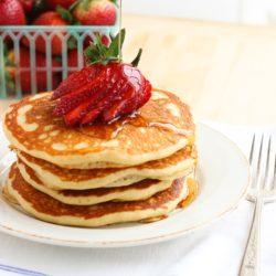 Quinoa-Greek-Yogurt-Pancakes-.jpg