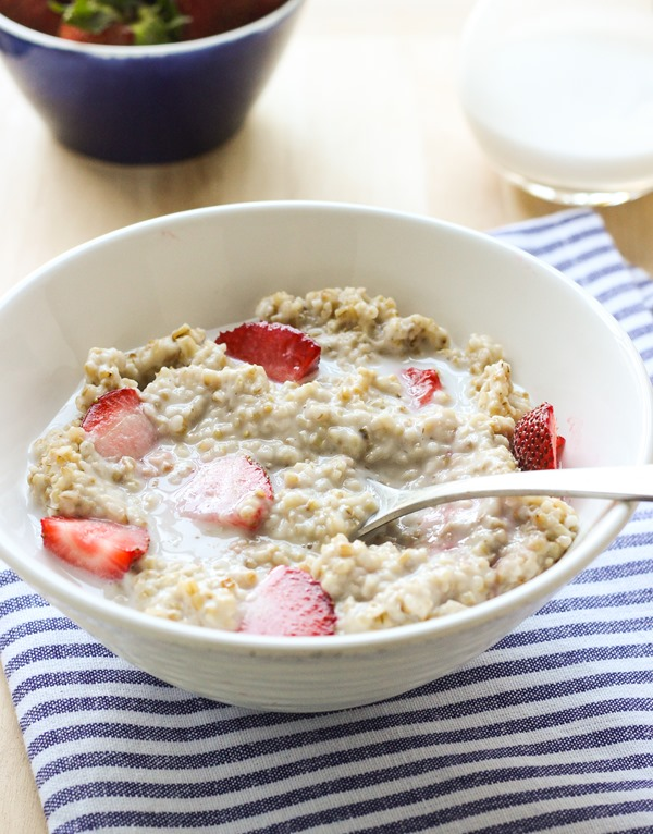 Strawberries n' Cream Steel Cut Oatmeal (vegan)