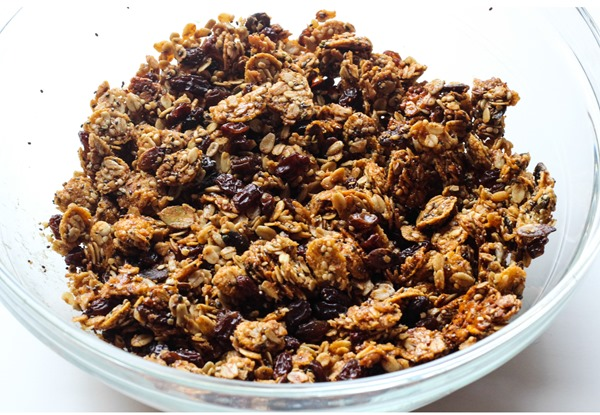 Superseed Cinnamon Raisin Granola