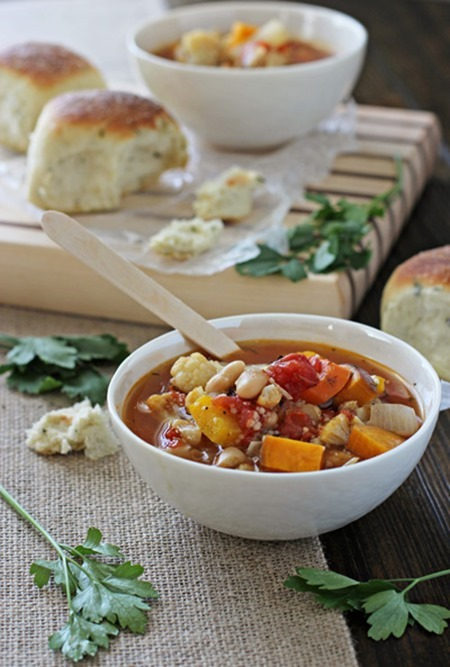 Roasted-vegetable-soup-with-couscous_thumb.jpg
