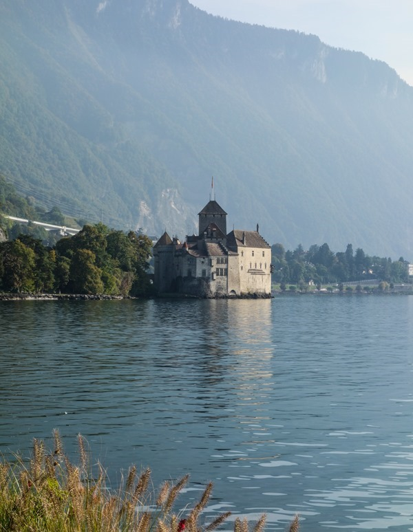 Montreux-Chillon-Castle_thumb9_thumb.jpg