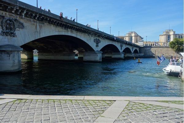 Seine-River_thumb7_thumb_thumb.jpg
