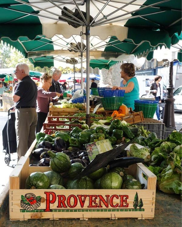 Aix-en-Provence-2_thumb.jpg