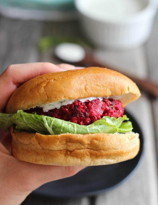 Superfood Beet Burgers with Greek Yogurt Dill Sauce  #cleaneating #vegetarian | makingthymeforhealth.com