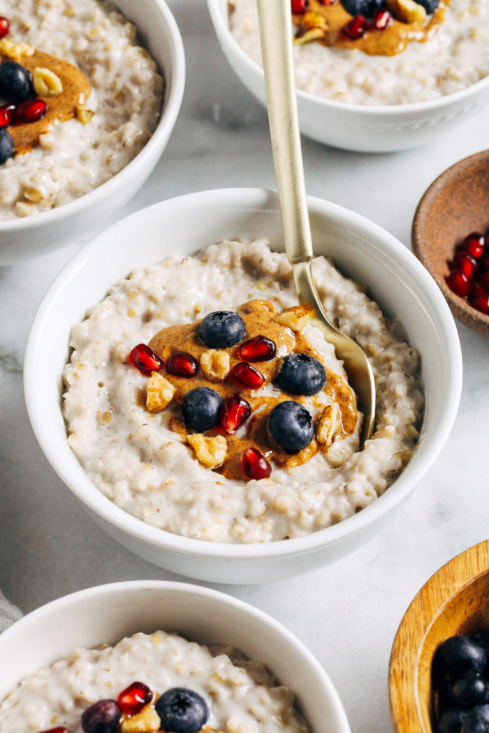 5-Minute Overnight Steel Cut Oatmeal- the easiest method for preparing steel cut oatmeal. Just five minutes of prep and you'll wake up to cooked oats that are ready to heat and serve! (gluten-free, vegan, plant-based)