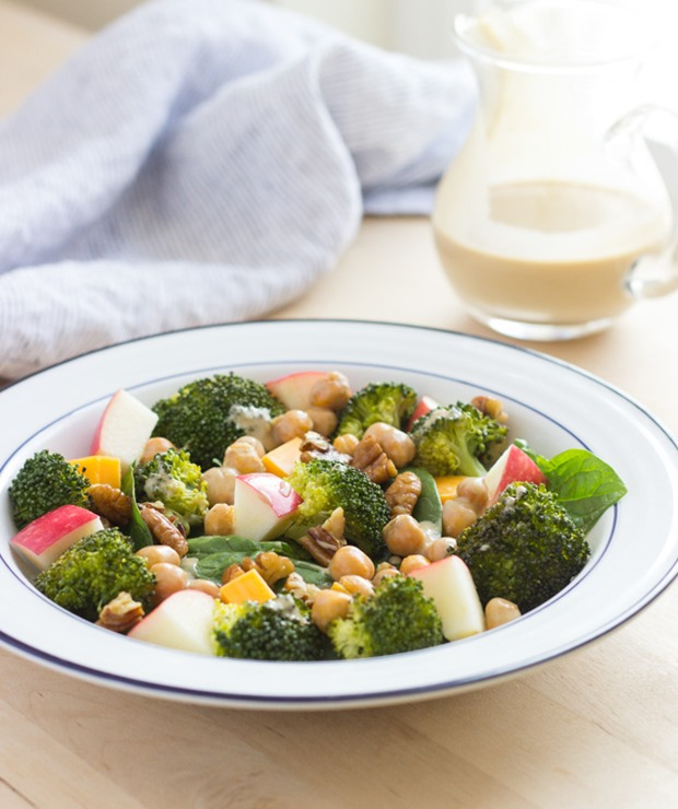 Broccoli, Apple and Cheddar Salad with Creamy Honey Mustard Dressing #cleaneating #lunch