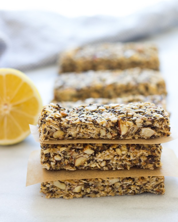 Lemon Honey Chia Granola Bars | #nobake #glutenfree