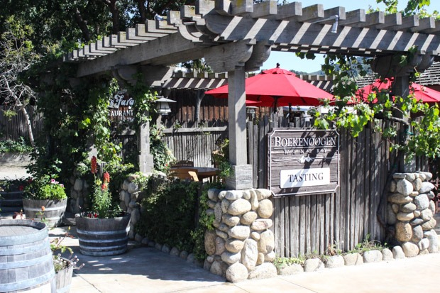 WHERE TO EAT, STAY & PLAY IN CARMEL, CALIFORNIA