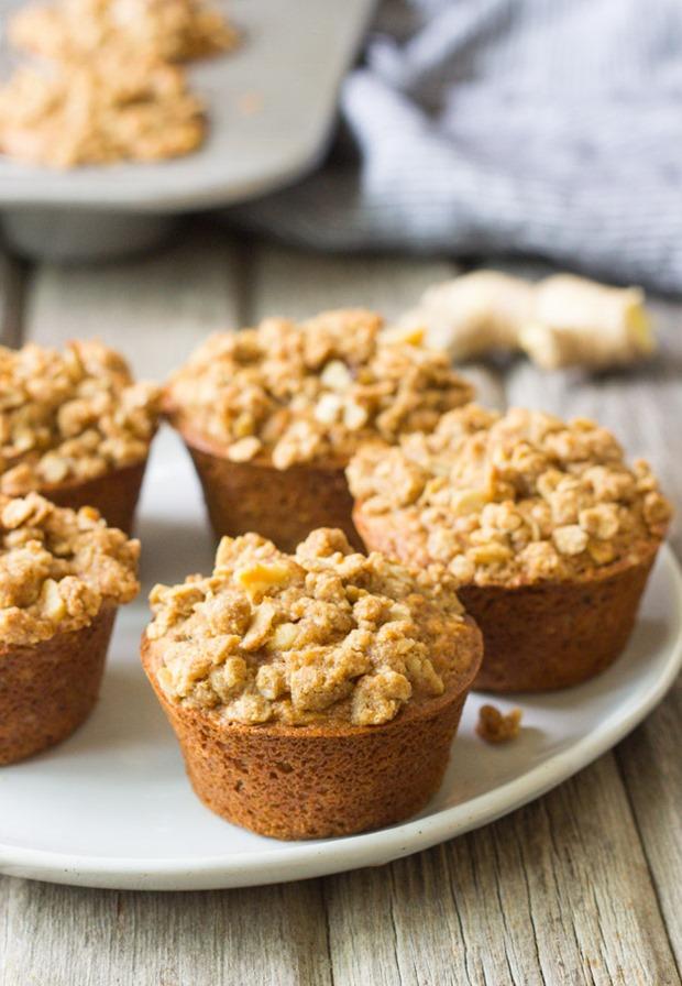 Fresh Ginger Oatmeal Crumb Muffins #glutenfree
