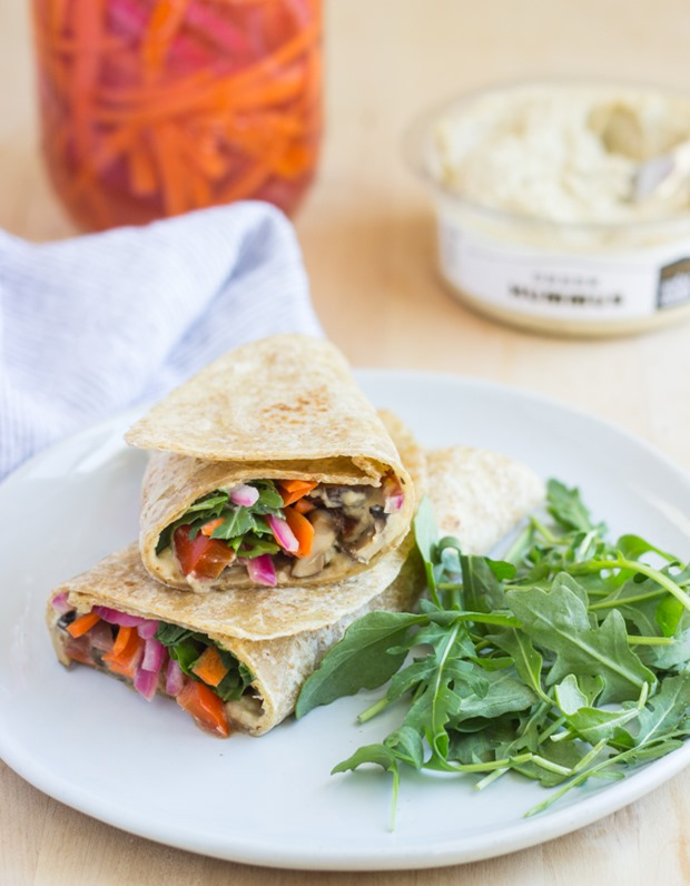 Grilled Portabella Hummus Wraps- super healthy and perfect to pack for lunches on the go! #cleaneating #vegan #glutenfree