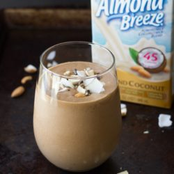 Superfood-Almond-Joy-Milkshakes-22_thumb.jpg