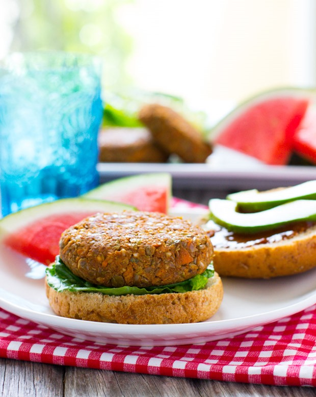 BBQ Lentil Sweet Potato Burgers- a healthy and flavorful vegetarian burger that puts meat to shame!