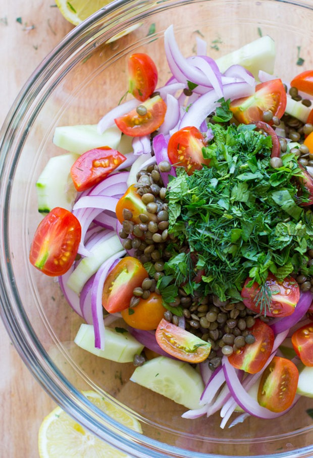 Garden Fresh Lentil, Cucumber Tomato Salad- a light and refreshing salad packed with Mediterranean flavor! Less than 300 calories per serving!