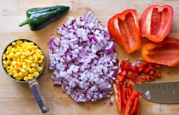 Mexican-Zucchini-Burrito-Boats_thumb.jpg