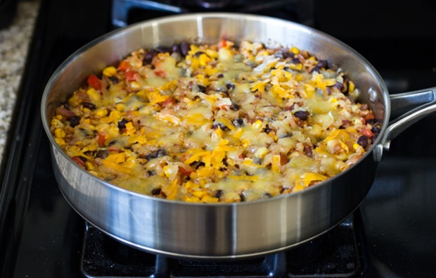One Skillet Mexican Rice Casserole An Easy Dinner Recipe With Almost Zero Clean Up