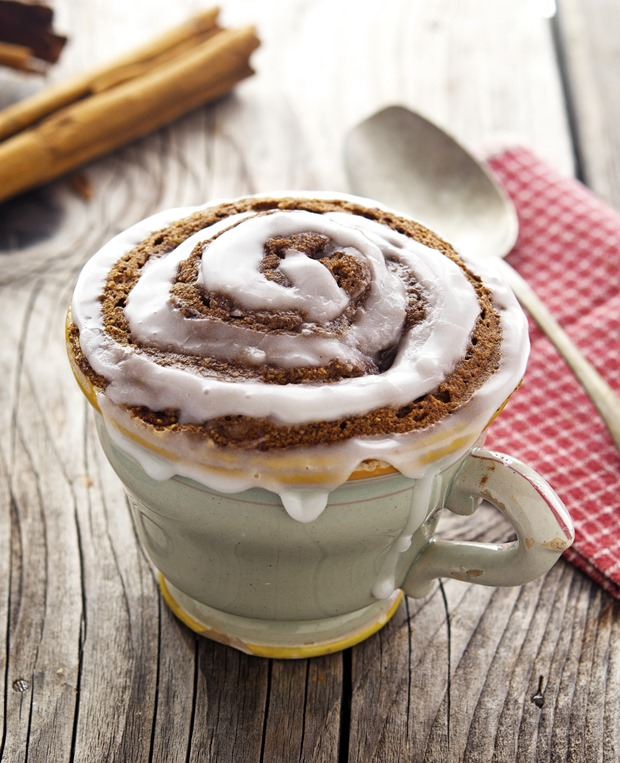 Paleo Cinnamon Roll in a Mug