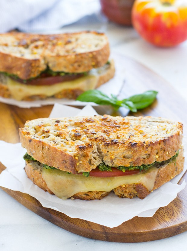 Spinach Basil Pesto & Tomato Grilled Cheese- pair with whole grain bread for a healthy and comforting meal!