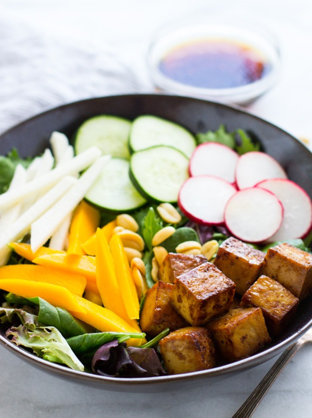 The BEST Damn Tofu Salad #cleaneating #vegan