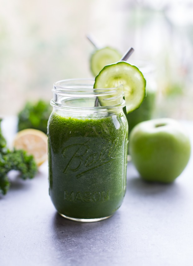 Detoxifying Green Apple Smoothie - Making Thyme for Health