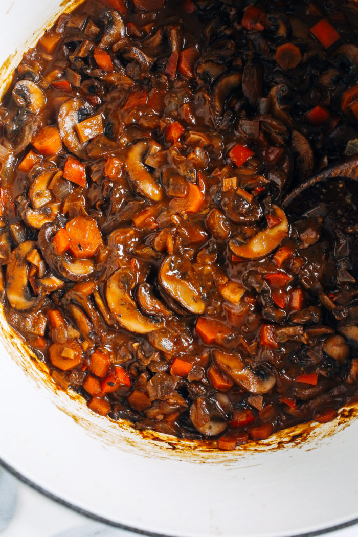 Vegan Mushroom Bourguignon- a healthy and comforting meal that's rich in umami flavor. Perfect for a romantic night in! (plant-based, gluten-free)