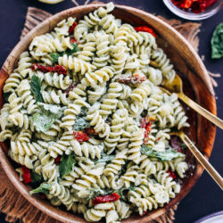 Creamy Hemp Pesto Pasta Salad   5