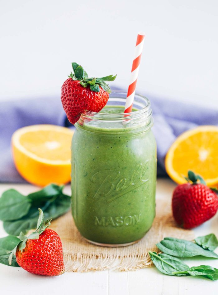 Strawberry Mango Spinach Smoothie | Making Thyme for Health