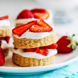 Vegan Gluten-free Strawberry Shortcakes  02   _
