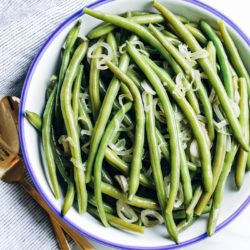 green-beans-with-shallots-_
