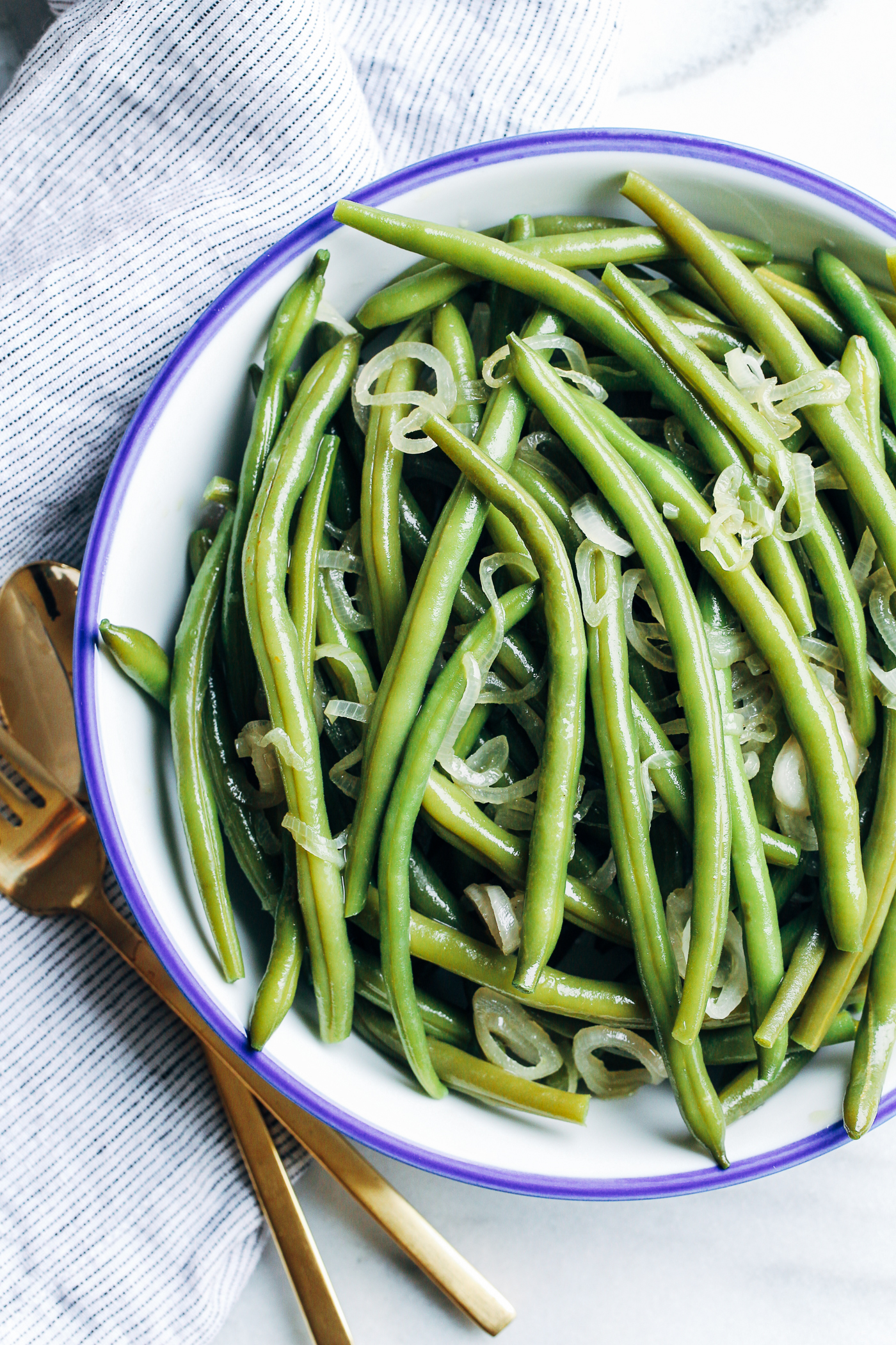 Simple Green Beans with Olive Oil and Shallots- an easy side item that ...
