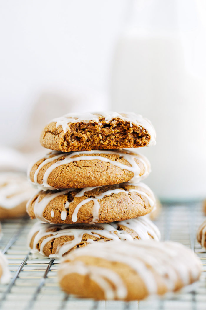 Vegan Pumpkin Spice Cookies with Vanilla Maple Glaze (gluten-free)