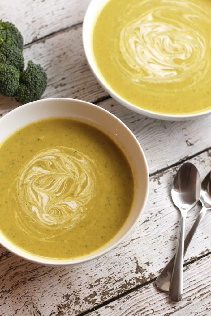 Vegan Cream of Broccoli Soup from Hummusapien