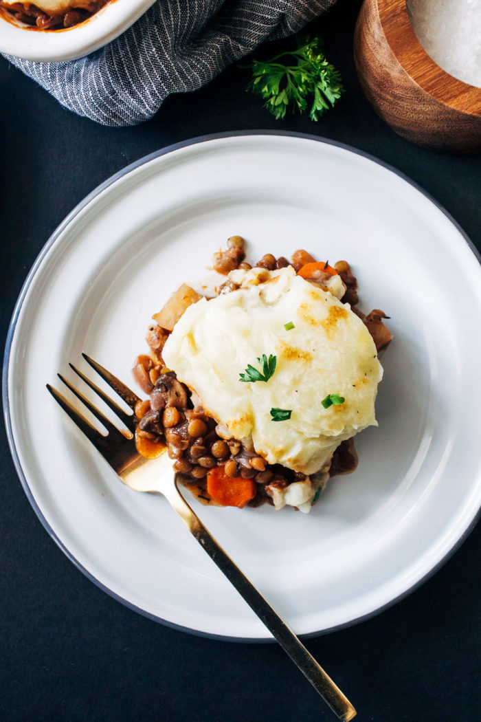 Vegan Lentil Shepherds Pie- a plant-based take on the comforting classic made with hearty lentils and parsnip mashed potatoes. So delicious that even meat eaters will love it!