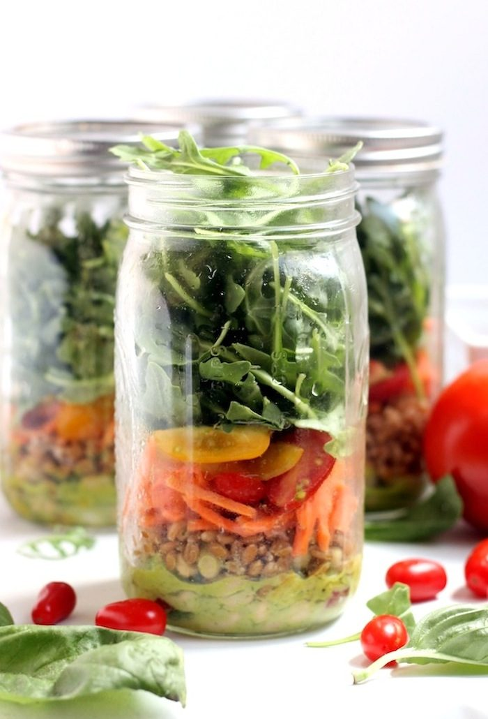 White Bean, Basil, and Arugula Mason Jar Salads from Hummusapien