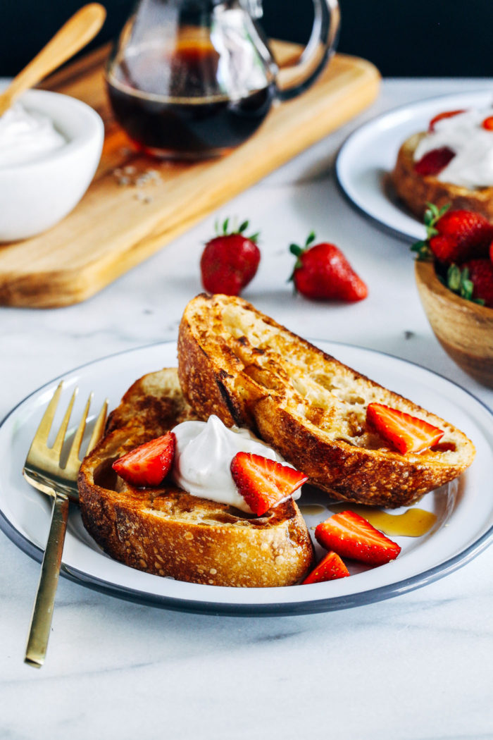 Vegan French Toast with Lavender-Infused Syrup- just 5 ingredients is all you need for this simple vegan French toast. It's so good you would never guess it's made without dairy and eggs!