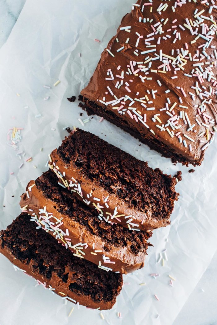 Double Chocolate Zucchini Cake- moist chocolate cake made with oil-free with tahini and topped with a fudgy chocolate coconut cream frosting! (vegan + gluten-free)